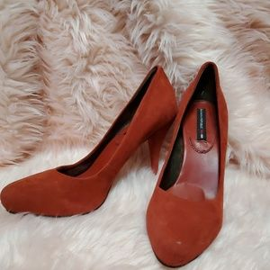 Banana Republic Madmen Burnt Orange Heels